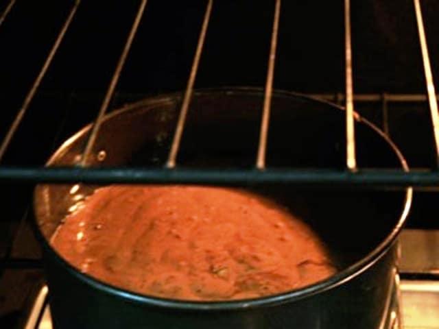 Как печь бисквит в духовке с