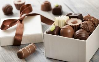 Что означает белый налет на шоколаде и конфетах