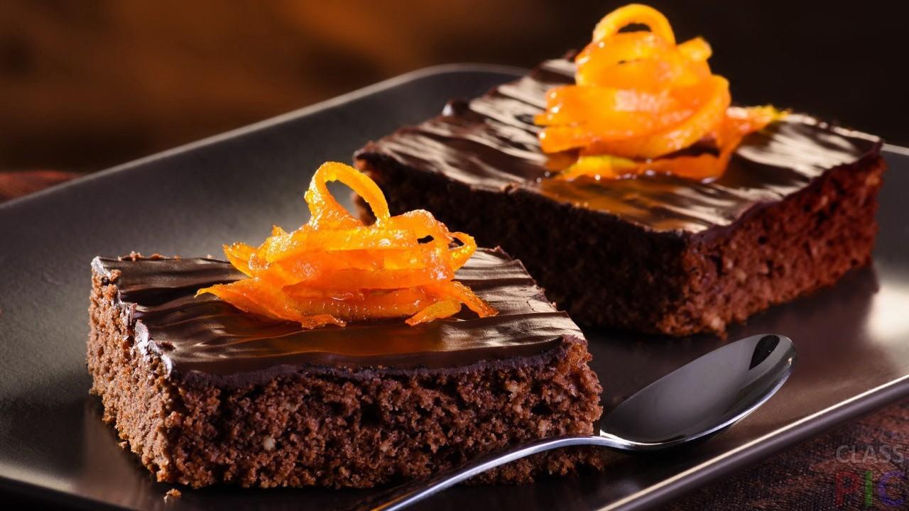 Шоколадный брауни с апельсином