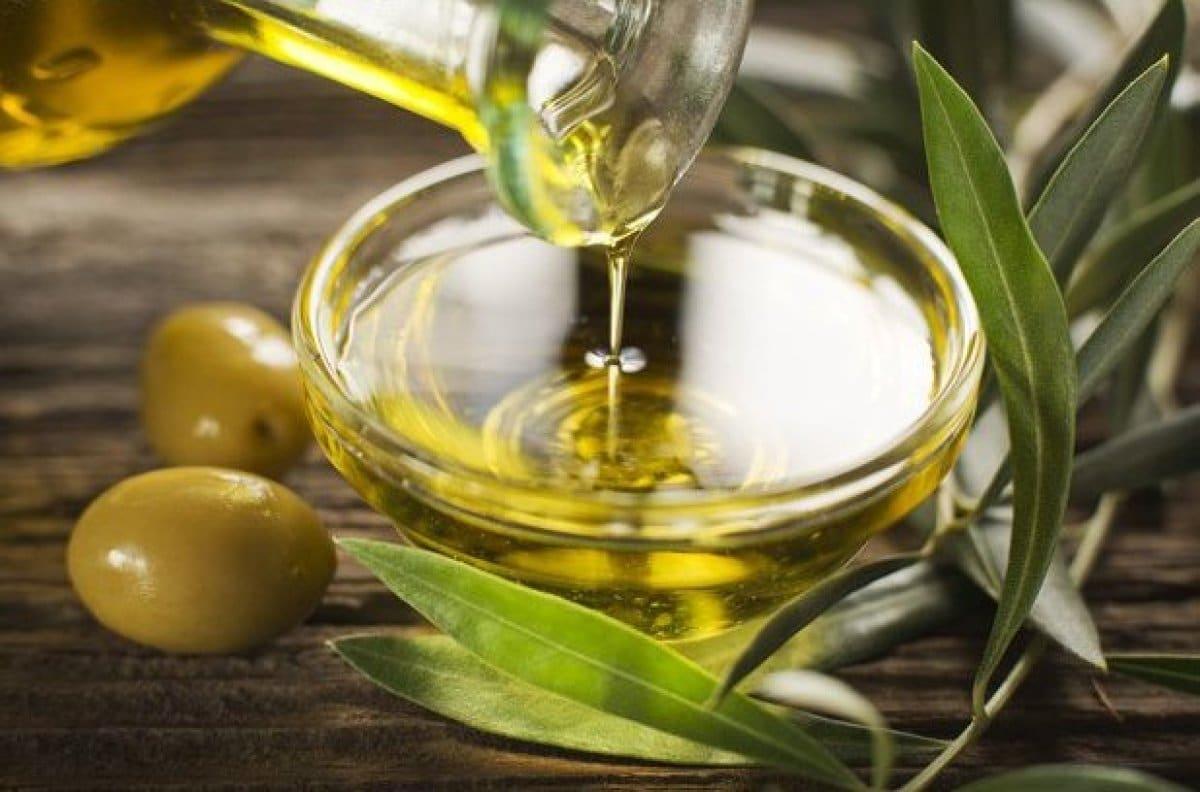 Маска с оливковым маслом и шоколадом