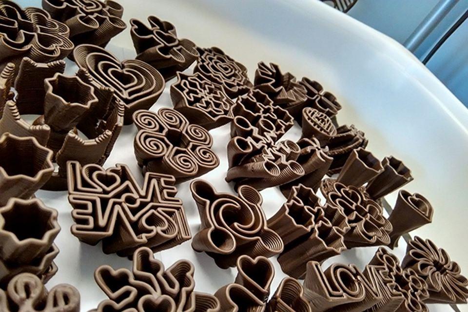 Шоколадные фигуры для торта